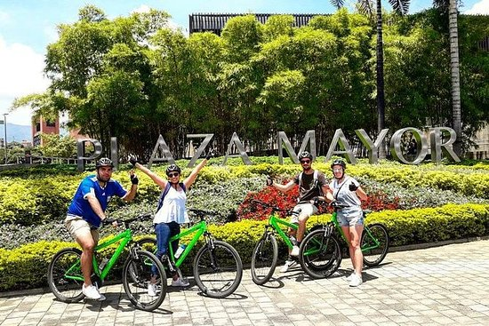 Day Bike Tour in Medellin