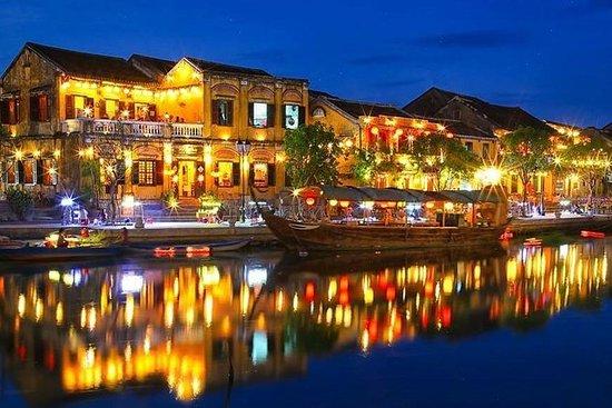 Promenade en bateau sur la rivière Hoai...