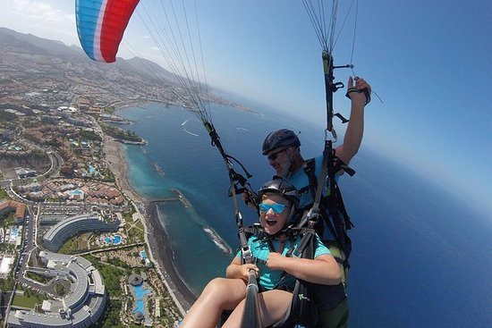 High Performance Paragliding Tandem...