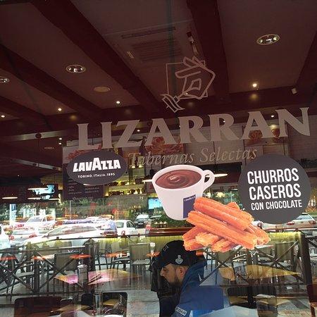 Restaurante Lizarran Photo