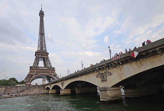 Vedettes du Pont Neuf Photo