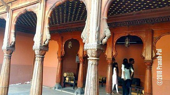 Wai, India: Nana Phadnavis Wada - Nice carved wooden works & architecture