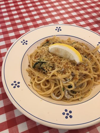 Italia Shokudo Sacco : しらすのスパゲティ