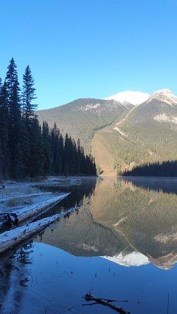 Lake Louise Inn: Emerald Lake
