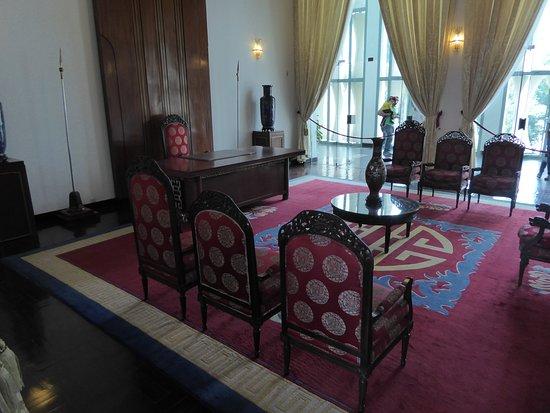 Raumausschnitt vom Empfangssalon des Präsidenten / Presidental Reception Rooms (1)