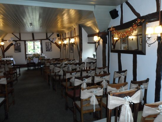 Old Basing, UK: Perfect for a rustic wedding