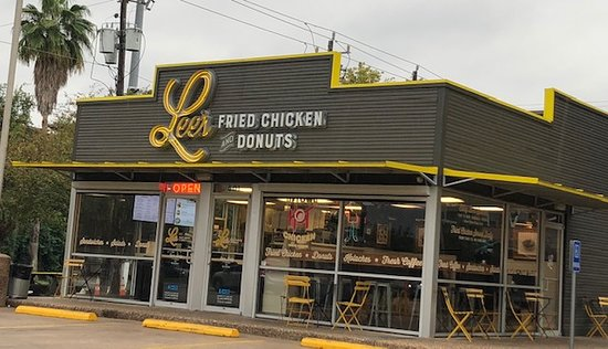 Sam's Fried Chicken and Donuts: How can you not stop?