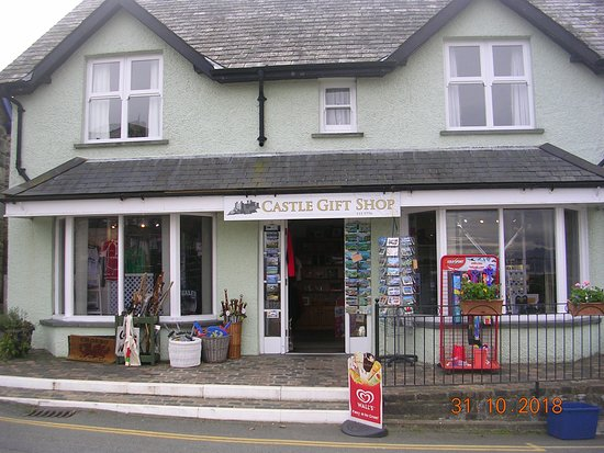 The Castle Gift Shop (opposite Harlech Castle)