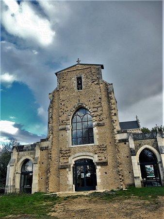 Basilique de Marçay - Patrimoine du Livre