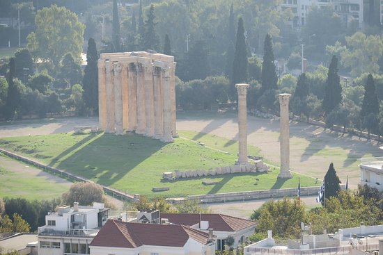 Temple of Olympian Zeus : Olympieion