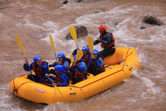 Argentina Rafting Expeditions : Rafting, adrenalina en el agua