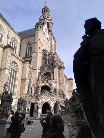 Binnentuin van de Sint-Pauluskerk