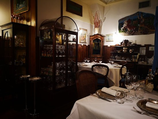 Great ambiance, good food