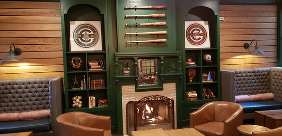 Majestic Hotel: Hotel is near Wrigley Field, so baseball theme is used throughout the hotel.