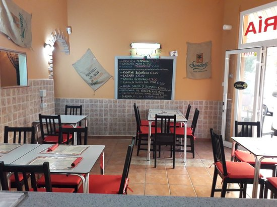 Pizzeria La Tarantella, La Camella - Restaurant Reviews