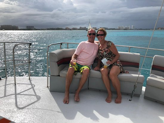 Octopus Sailing Charters : Octopus Aruba Sailing Catamaran Snorkeling Lounge Boat. Sail with us and experience the beauty of Aruba right from the water (bring your camera, these views are too good to miss!)