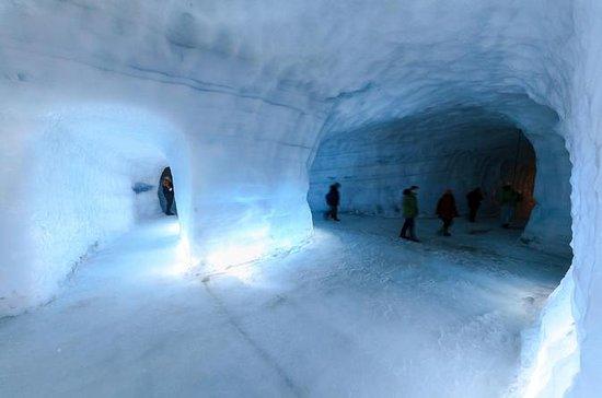 新しいメルセデスVクラスの氷河、Hraunfossar&Barnafoss滝…