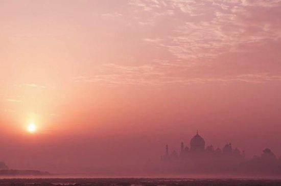 En dag privat soloppgangstur Taj fra...