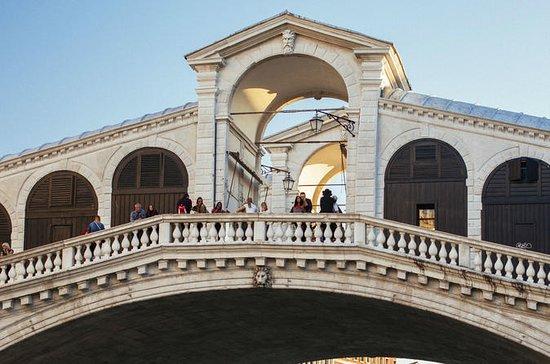 Benvenuti! The Essence of Venice...