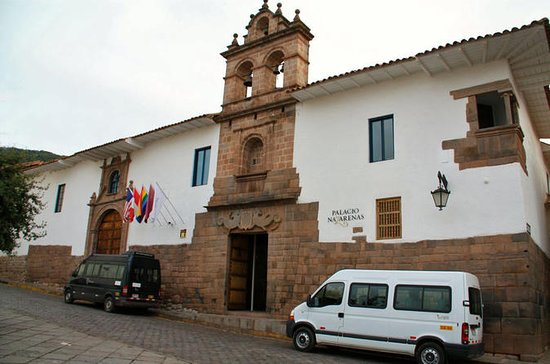 Minivan a su disposición en Cusco