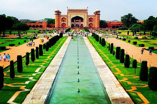 Taj Mahal Sunrise Tour fra Delhi