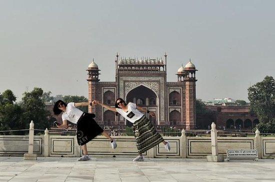 Sunrise Taj Mahal Tour desde Delhi en...