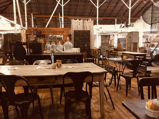 Woerner Warehouse Cafe + Catering لوحة