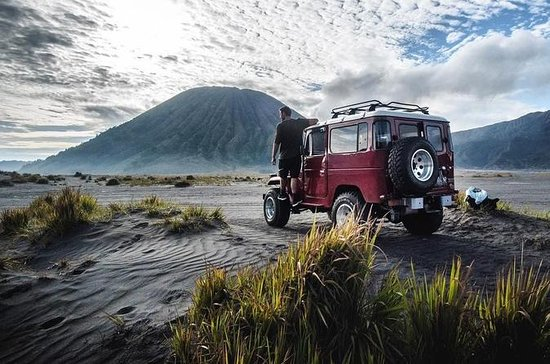 Midnight Sunrise Bromo & Madakaripura...