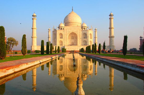 Private Sunrise Taj Mahal Tour from New...