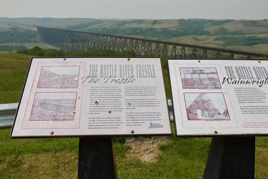 Wainwright, Kanada: Battle River Trestle Bridge sign