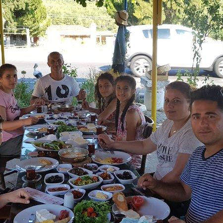 EFE Konağı Kahvaltı, Izgara ve Mangal Restaurant