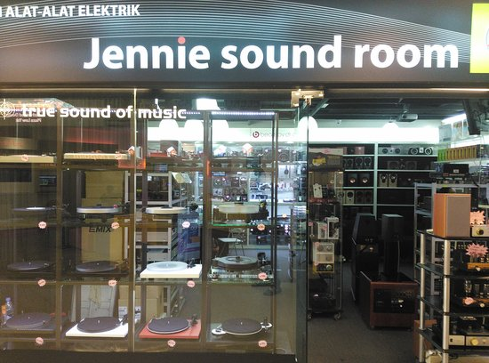 Jennie Sound Room