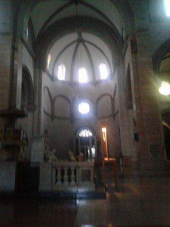 Manila Cathedral : Church interior