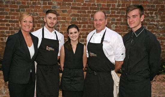 Rodean Restaurant: Some of the team