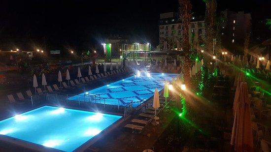 Aqua Plaza Foto