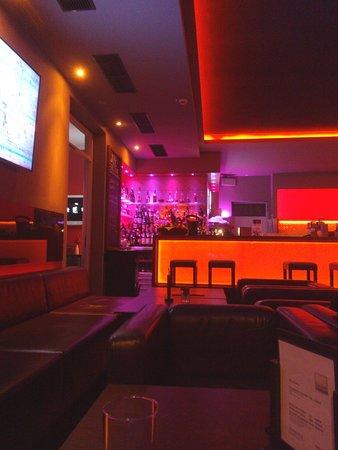 Qube Restaurant Photo