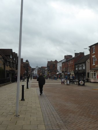 Henley Street: Street