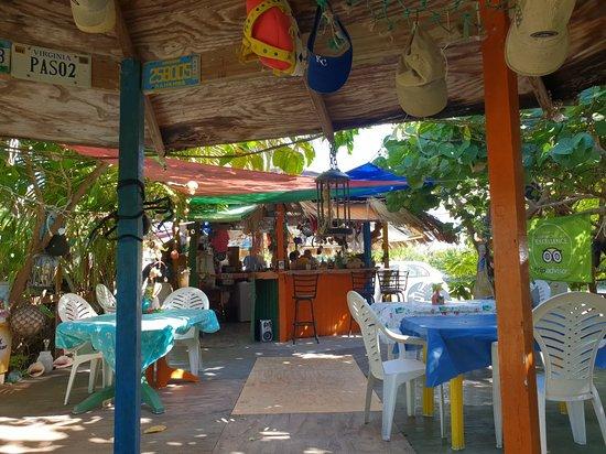 Deadman's Cay Photo