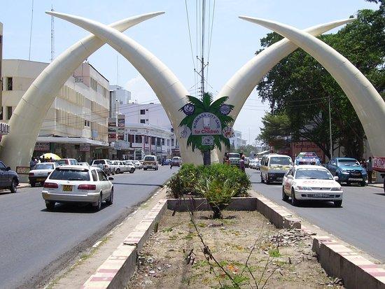 Tsavo, Kenya: getlstd_property_photo