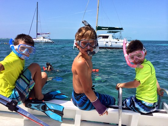 Sirena Azul Sailing Tours: Great for all ages!