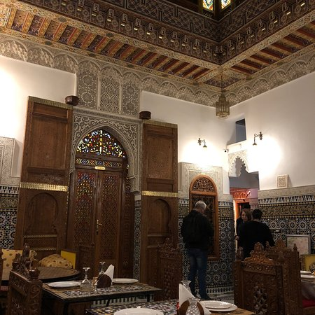 Buen restaurante marroquí dentro de la Medina