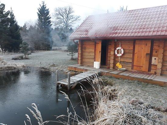Hiievalja smoke sauna