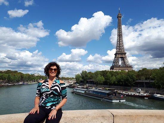 Tour Eiffel : Día precioso foto desde uno de los puentes del Sena