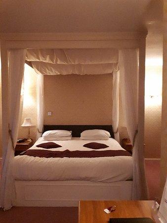 Howfield Manor Hotel Bild