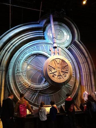 Visite des studios Warner Bros. : The Making of Harry Potter avec transport aller-retour depuis Londres : time is fleeting