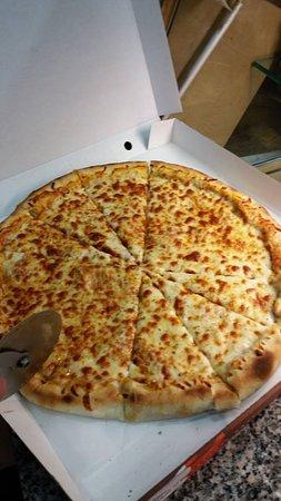 Taj Tandoori: Authentic Italian Pizza