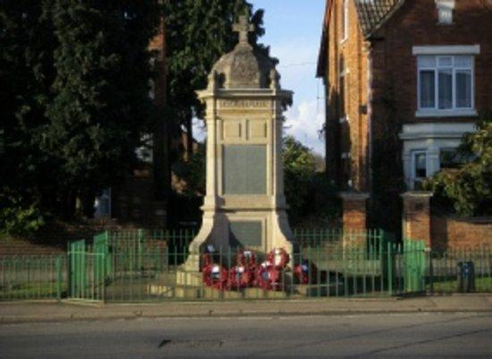 Finedon Cenotaph War Memorial