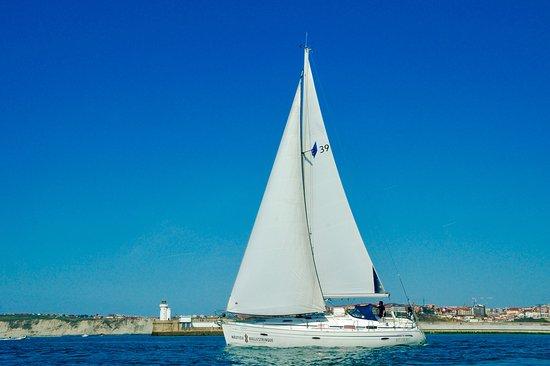 Nautica Ballestrinque, S.L.