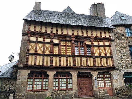 Maison d'Ernest Renan