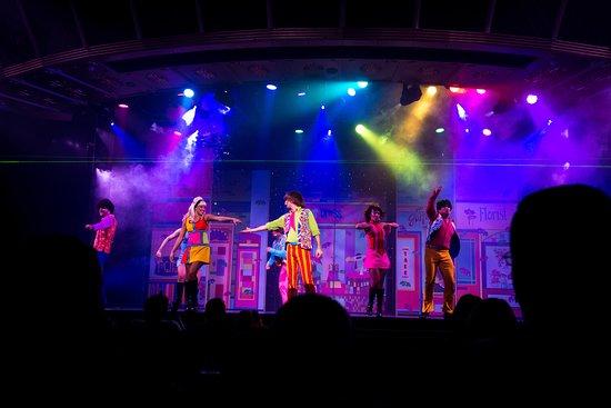 Carnival Legend Show